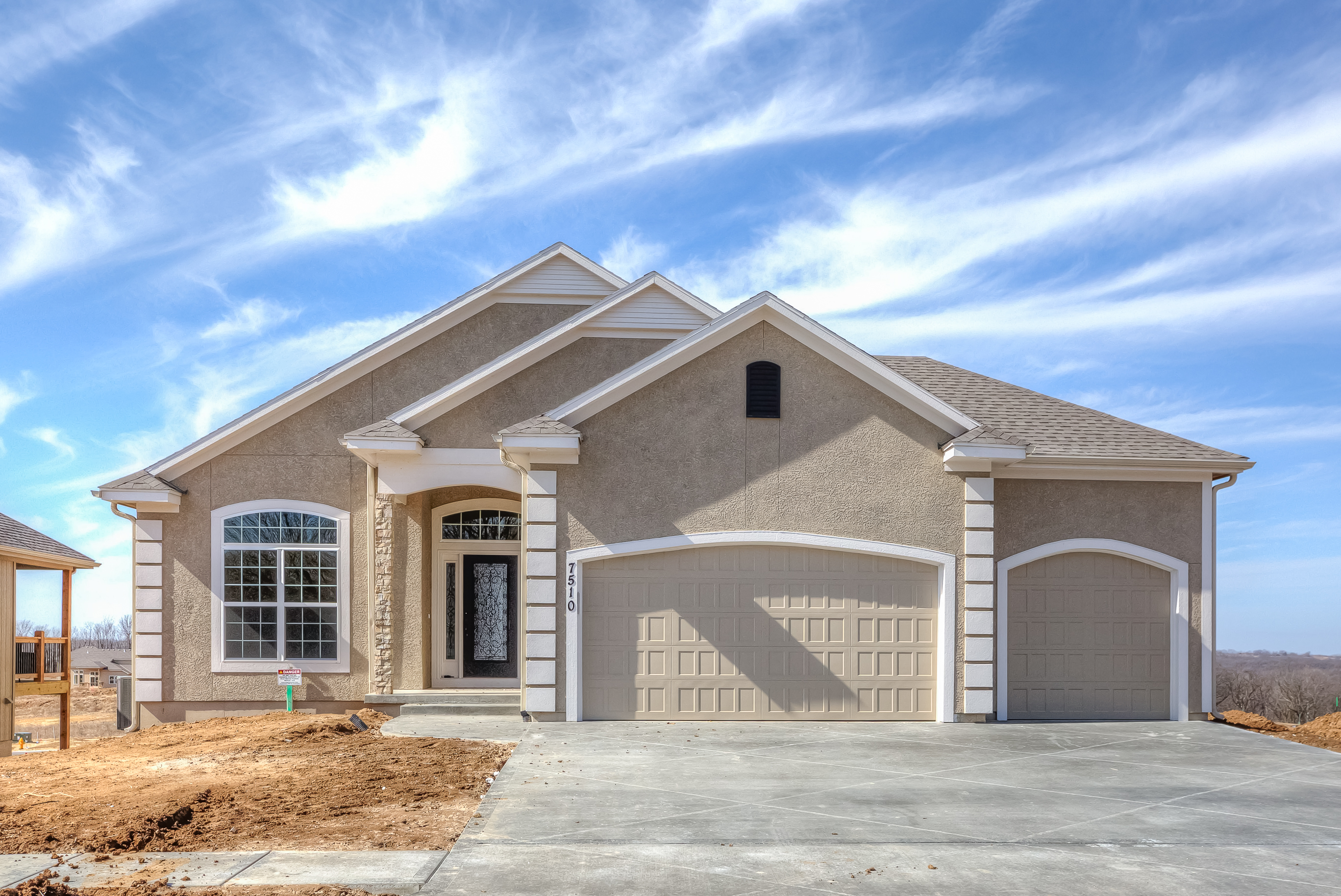 Chapel ridge parkville mo new construction park hill for First choice custom homes